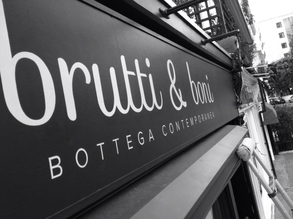 Brutti beauty sign writing in Kensignton by Nick Garrett