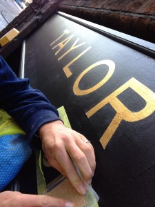 TT Sign Gilding Shoreditch NGS