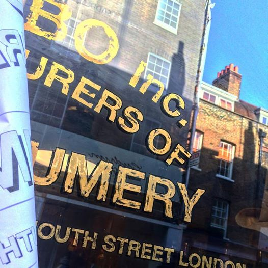 Urban distressed gold leaf lettering Soho London by Nick Garrett of NGS