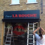 La Bouche cafe sign writing by Tobi at NGS signwriting London, signwriters