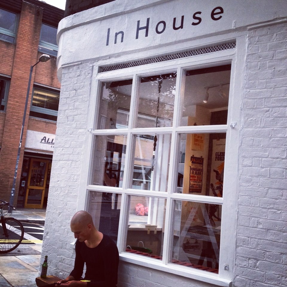 in house by nick garrett signwriter of london