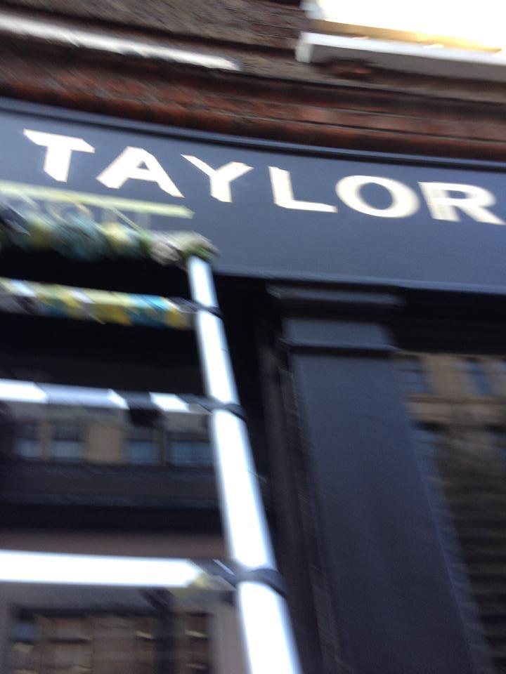 Taylor flashing