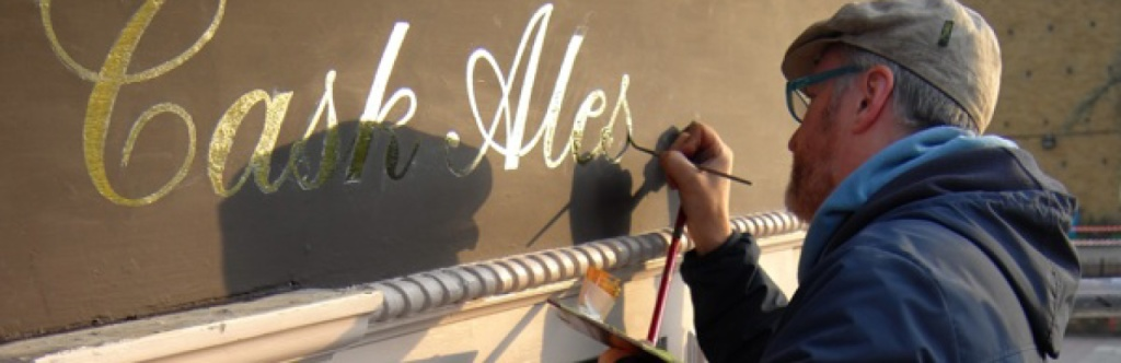 cropped-Signwriter-Nick-Garrett-at-the-George-Stepney-London-003.jpg
