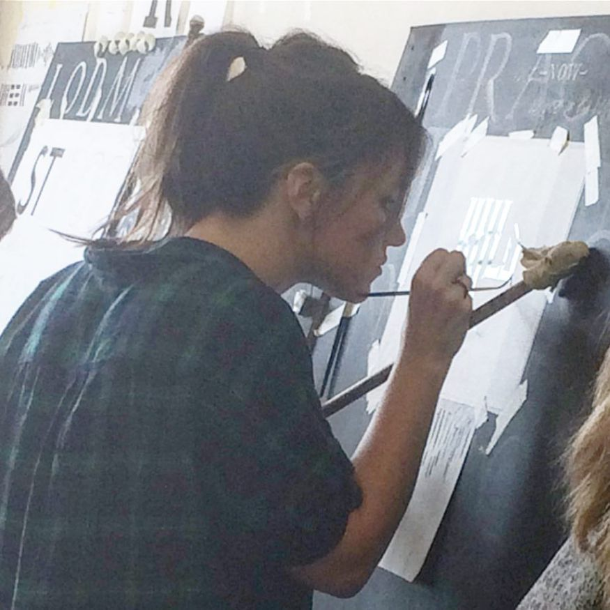 in-house-with-hannah-the-signsmiths-this-week-ngs-london-signwriting