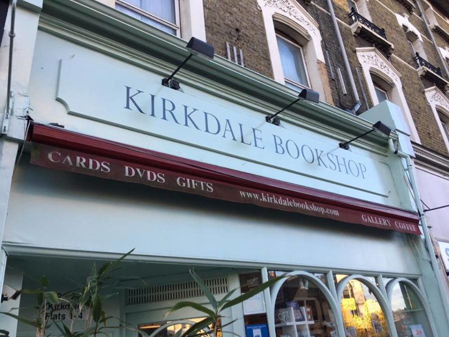 Kirkdale Bookshop by NGS signwriting London (1)